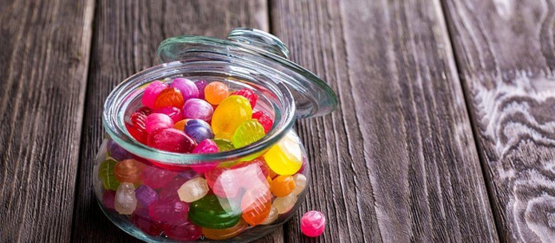 סוכרית מנטוס ממותגת